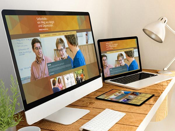 Juliane drängt sich auf – mit einer neuen Website